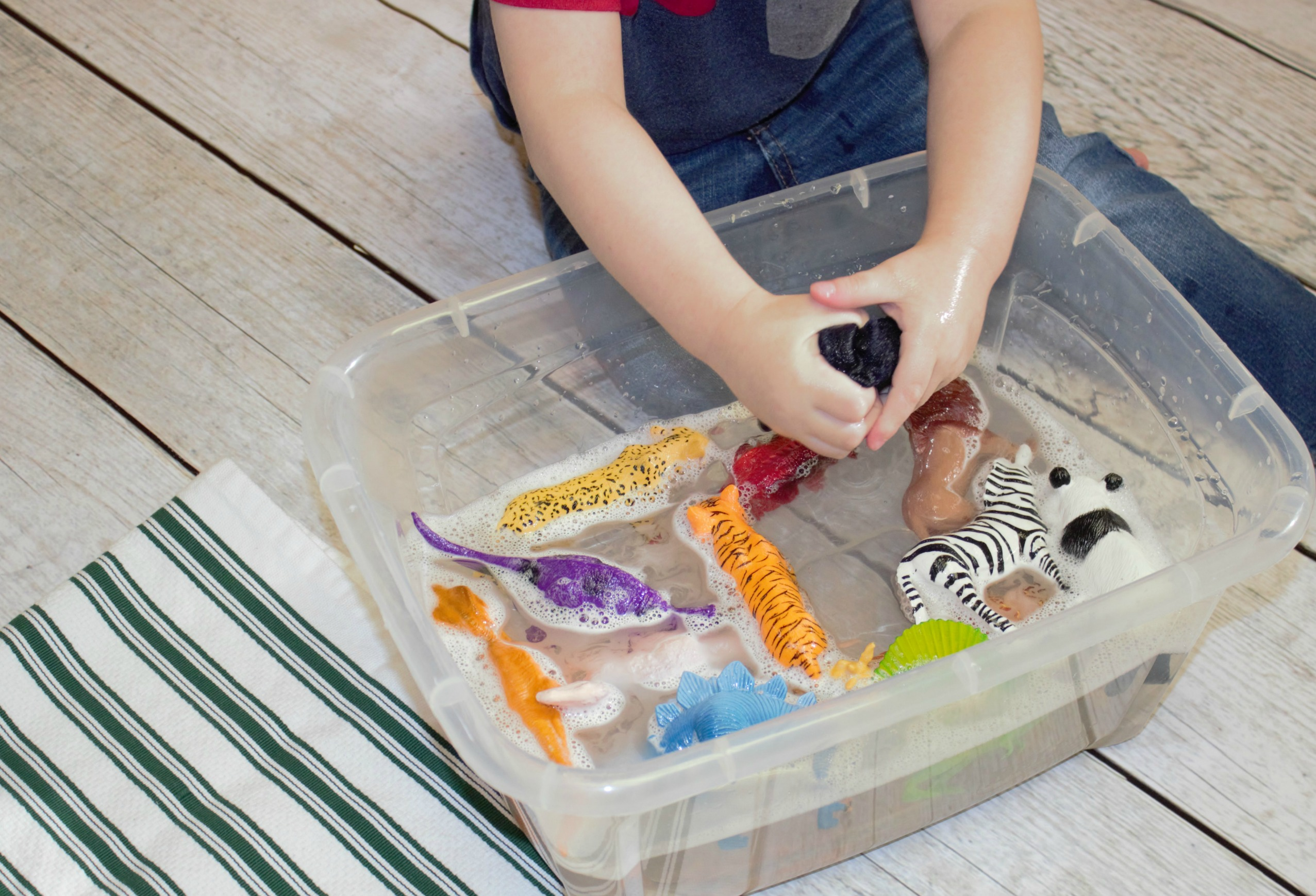 Super Simple Water Activity Preschool is the Time for Play